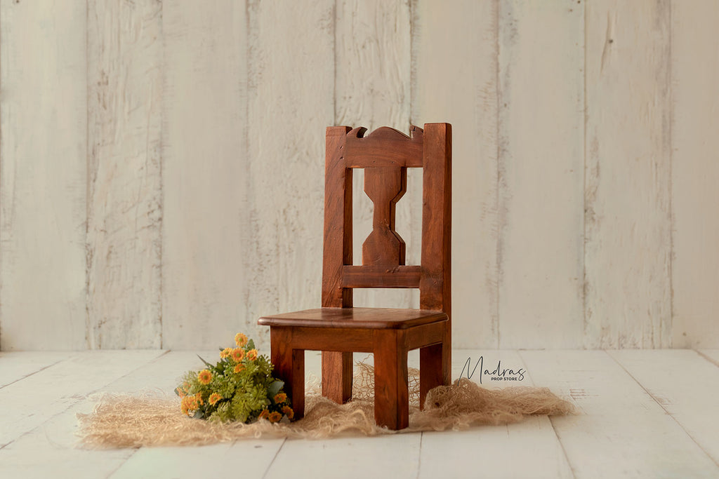 Tiny Sitter Chair - Type C