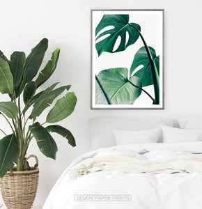 Bright Bedroom Tropical Wall Decor