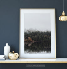 Load image into Gallery viewer, Golden-framed on a white&gold marble shelf