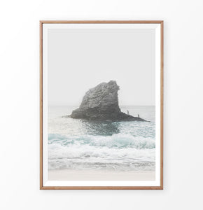 Ocean Rock in Turquoise Waves Wall Decor
