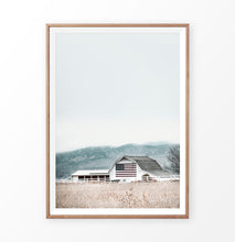 Load image into Gallery viewer, Old barn wall art, American barn photo
