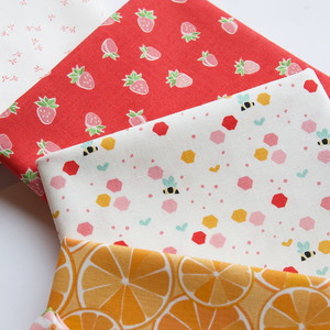 Load image into Gallery viewer, Fruit by the Foot - Fat Quarter Bundle