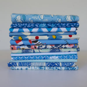 Load image into Gallery viewer, Bright Blue - Fat Quarter Bundle