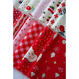 Load image into Gallery viewer, Happy Christmas Quilt Kit