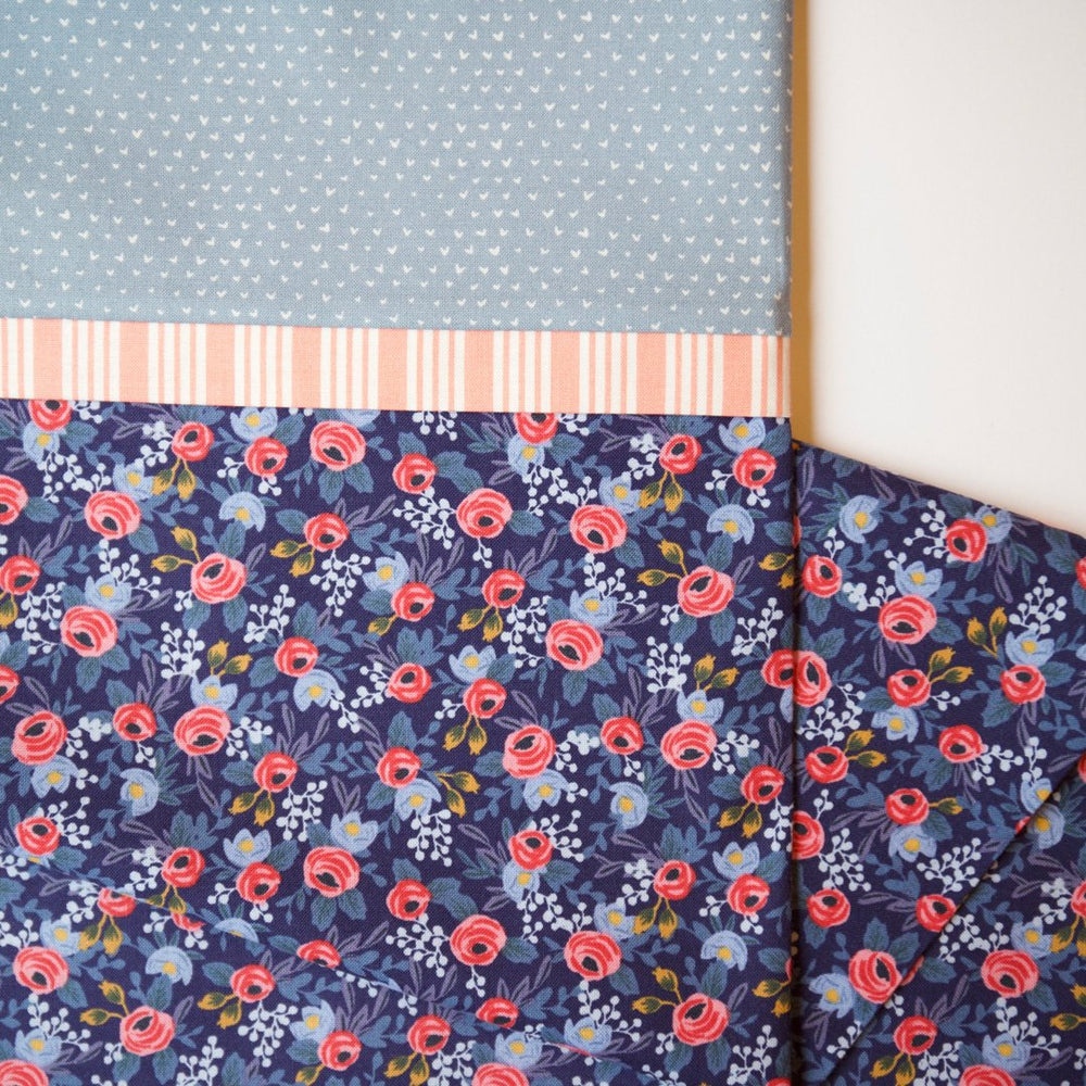 Load image into Gallery viewer, Les Fleurs - Pillow Case Kit