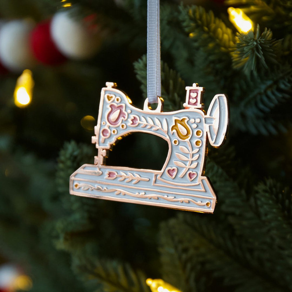 Vintage Sewing Machine - Ornament