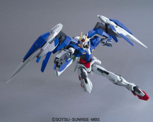 Image 1 for Gekijouban Kidou Senshi Gundam 00: A Wakening of the Trailblazer - GN-0000RE + GNR-010 00 Raiser GN Condenser Type - HG00 #70 - 1/144 (Bandai)