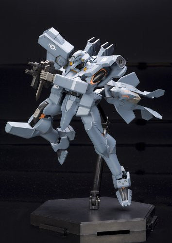 Image 4 for Muv-Luv Alternative Total Eclipse - F-15E Strike Eagle - 1/144 (Kotobukiya)