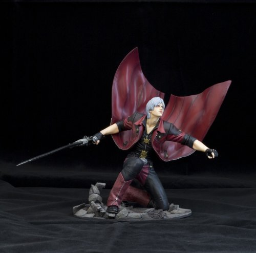 Image 5 for Devil May Cry 4 - Dante Sparda - ARTFX Statue - 1/6 (Kotobukiya)