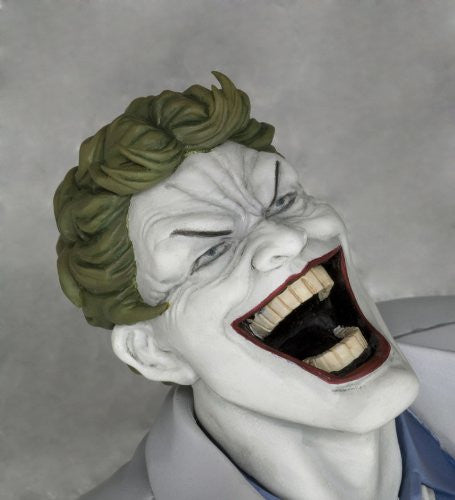 Image 8 for Batman: The Dark Knight Returns - Batman - Joker - ARTFX Statue - 1/6 - Hunt the Dark Knight (Kotobukiya)
