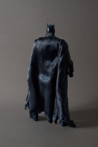 Image 3 for Batman - Real Action Heroes #592 - 1/6 - Batman Hush Version (Medicom Toy)