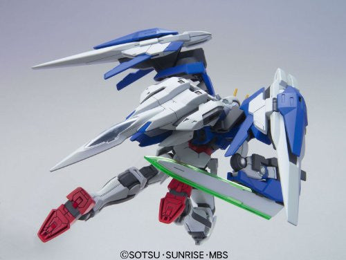 Image 3 for Gekijouban Kidou Senshi Gundam 00: A Wakening of the Trailblazer - GN-0000RE + GNR-010 00 Raiser GN Condenser Type - HG00 #70 - 1/144 (Bandai)