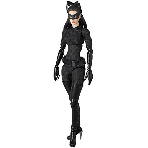 Image 2 for The Dark Knight Rises - Selina Kyle - Mafex #9 (Medicom Toy)