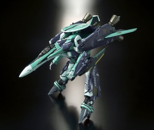Image 3 for Macross Frontier - RVF-25 Super Messiah Valkyrie (Luca Angelloni Custom) - DX Chogokin - 1/60 (Bandai)