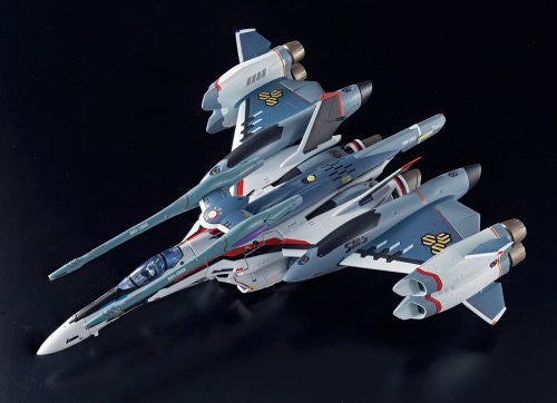 Image 3 for Macross Frontier - Macross Frontier The Movie ~Itsuwari no Utahime~ - VF-25F Tornado Messiah Valkyrie (Saotome Alto Custom) - DX Chogokin - 1/60 (Bandai)