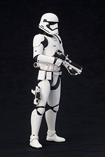 Image 7 for Star Wars: The Force Awakens - First Order Stormtrooper - ARTFX+ - 1/10 (Kotobukiya)