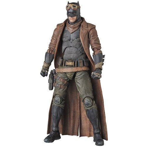Image 8 for Batman v Superman: Dawn of Justice - Batman - Mafex No.031 - Knightmare (Medicom Toy)