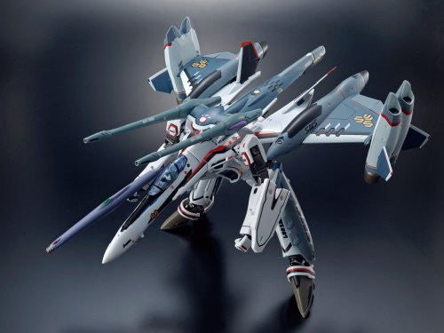 Image 2 for Macross Frontier - Macross Frontier The Movie ~Itsuwari no Utahime~ - VF-25F Tornado Messiah Valkyrie (Saotome Alto Custom) - DX Chogokin - 1/60 (Bandai)