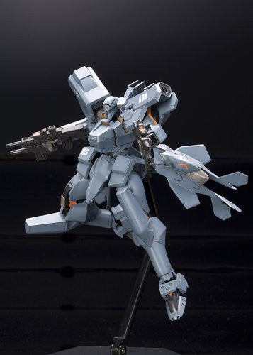 Image 3 for Muv-Luv Alternative Total Eclipse - F-15E Strike Eagle - 1/144 (Kotobukiya)