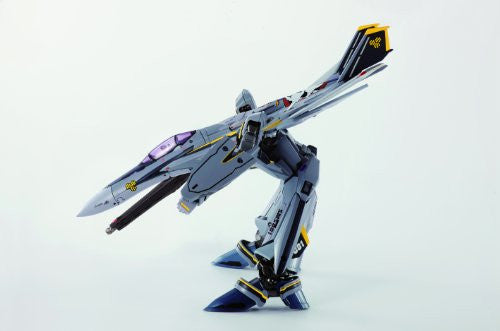 Image 4 for Macross Frontier - Macross Frontier The Movie ~Sayonara no Tsubasa~ - VF-25S Messiah Valkyrie (Ozma Lee Custom) - DX Chogokin - 1/60 - Renewal Ver. (Bandai)