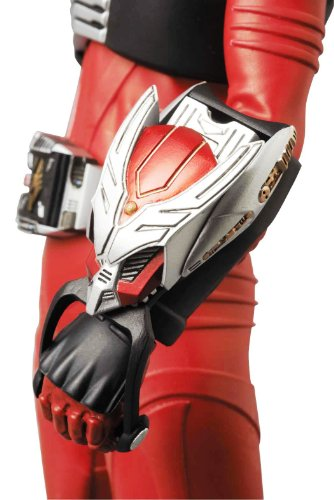 Image 8 for Kamen Rider Ryuuki - Real Action Heroes #609 - 1/6 (Medicom Toy)