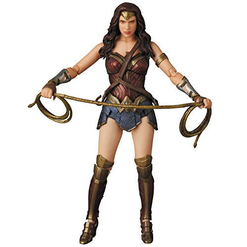 Image 2 for Batman v Superman: Dawn of Justice - Wonder Woman - Mafex No.024 (Medicom Toy)