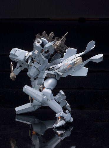 Image 7 for Muv-Luv Alternative Total Eclipse - F-15E Strike Eagle - 1/144 (Kotobukiya)