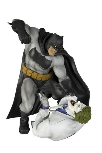 Image 1 for Batman: The Dark Knight Returns - Batman - Joker - ARTFX Statue - 1/6 - Hunt the Dark Knight (Kotobukiya)
