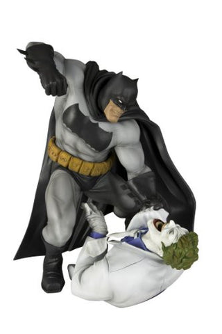 Image for Batman: The Dark Knight Returns - Batman - Joker - ARTFX Statue - 1/6 - Hunt the Dark Knight (Kotobukiya)