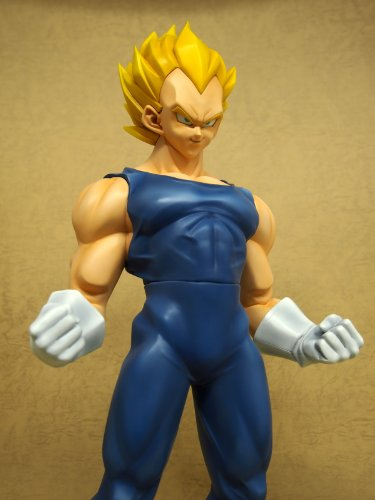 Image 7 for Dragon Ball Z - Vegeta SSJ - Gigantic Series - 1/4 (X-Plus)