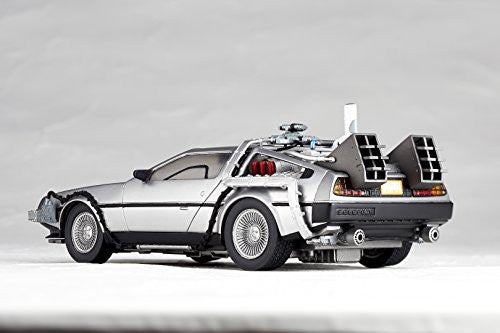 Image 11 for Back to the Future Part II - DeLorean Time Machine - Figure Complex Movie Revo No.001 - Revoltech (Kaiyodo)