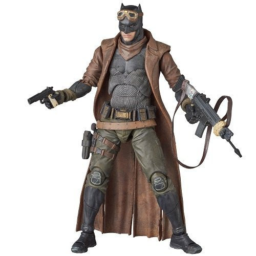 Image 6 for Batman v Superman: Dawn of Justice - Batman - Mafex No.031 - Knightmare (Medicom Toy)