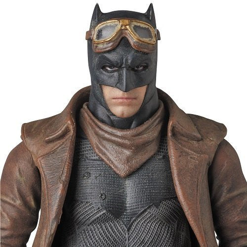 Image 1 for Batman v Superman: Dawn of Justice - Batman - Mafex No.031 - Knightmare (Medicom Toy)