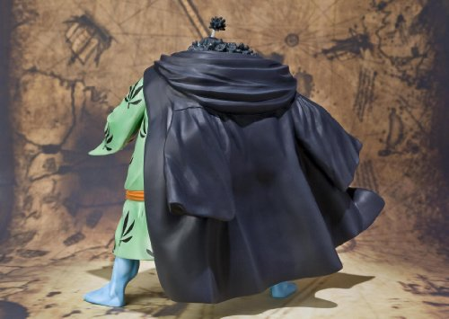 Image 5 for One Piece - Jinbei - Figuarts ZERO - The New World (Bandai)