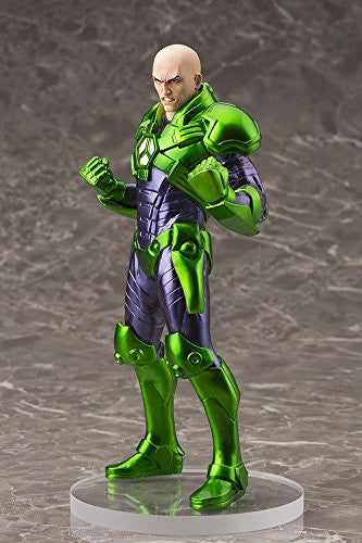 Image 8 for DC Universe - Superman - Lex Luthor - ARTFX+ - DC Comics New 52 ARTFX+ - 1/10 (Kotobukiya)