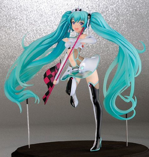 Image 2 for GOOD SMILE Racing - Vocaloid - Hatsune Miku - 1/7 - Racing 2012 (Dragon Toy, FREEing)