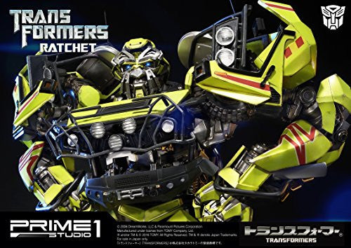 Image 10 for Transformers (2007) - Ratchet - Museum Masterline Series MMTFM-13 (Prime 1 Studio)