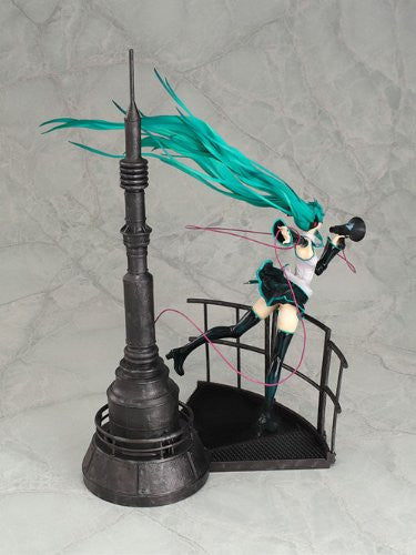Image 4 for Vocaloid - Hatsune Miku - 1/8 - Love is War (Good Smile Company)