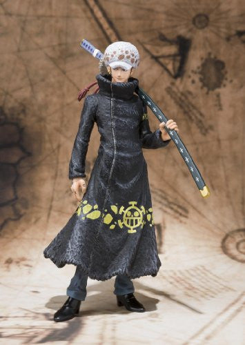 Image 3 for One Piece - Trafalgar Law - Figuarts ZERO - The New World (Bandai)