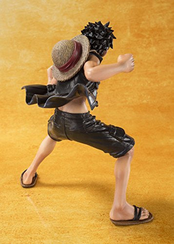 Image 6 for One Piece Film Gold - Monkey D. Luffy - Figuarts ZERO - -One Piece Film Gold Ver.- (Bandai)