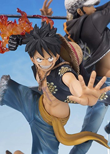 Image 3 for One Piece - Monkey D. Luffy - Trafalgar Law - Figuarts ZERO - -5th Anniversary Edition- (Bandai)