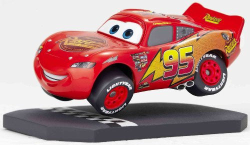 Image 4 for Cars - Lightning McQueen - Revoltech - Revoltech Pixar Figure Collection - 3 (Kaiyodo Pixar The Walt Disney Company)