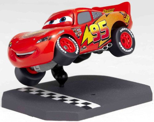 Image 8 for Cars - Lightning McQueen - Revoltech - Revoltech Pixar Figure Collection - 3 (Kaiyodo Pixar The Walt Disney Company)