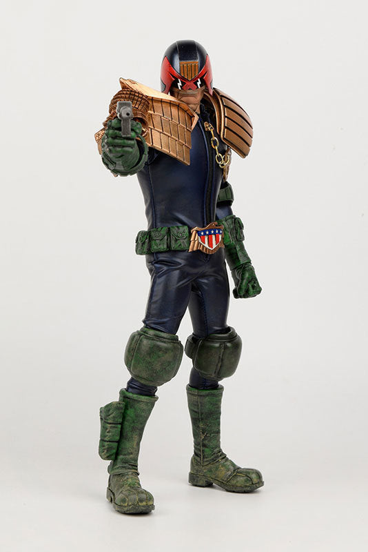 """2000 AD"" APOCALYPSE WAR JUDGE DREDD"
