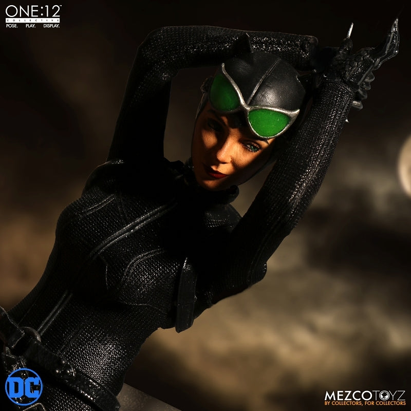 One:12 Collective - DC Comics: Catwoman 1/12 Action Figure