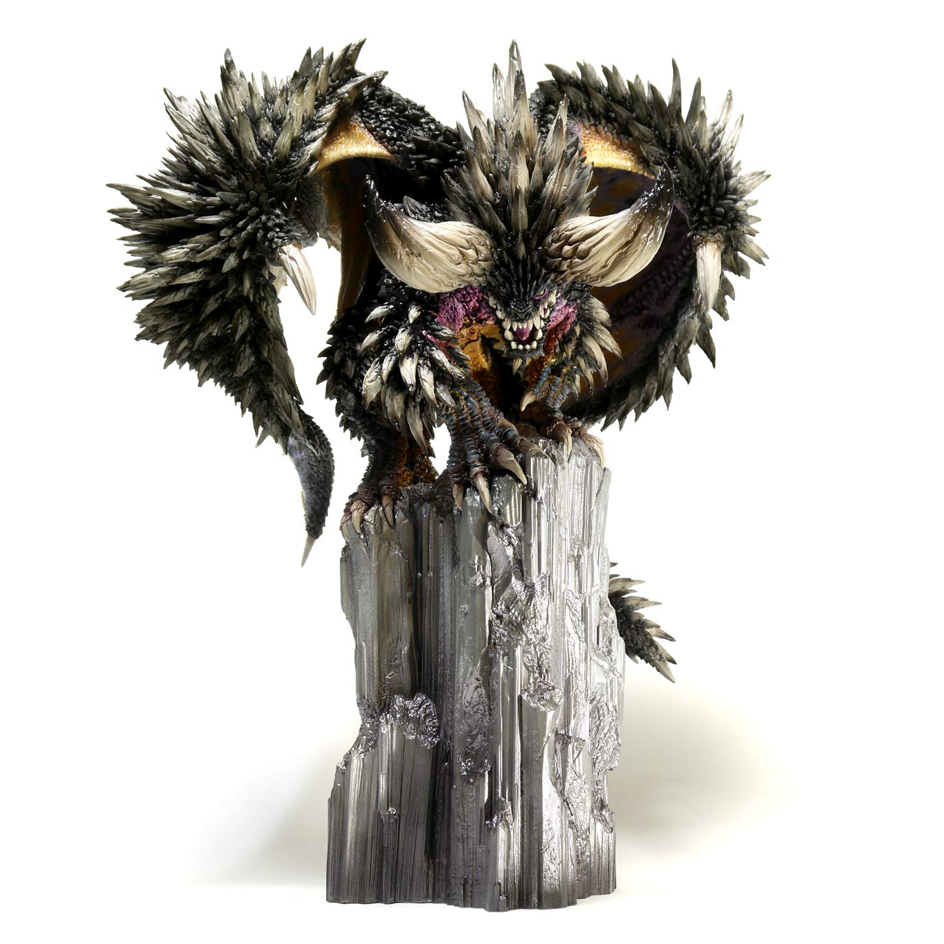 Monster Hunter World - Nergigante - Capcom Figure Builder Creator's Model (Capcom)