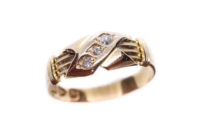 18k Gold Cross Trilogy Ring