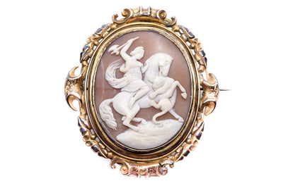 Victorian Pinchbeck Lion Fight Cameo
