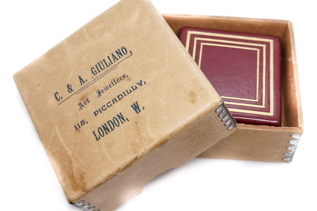 Giuliano Pendant Box