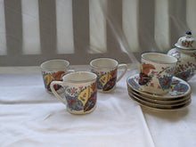 Load image into Gallery viewer,  Vintage Tobacco Leaf Seymour Mann Japanese fine china made in Japan circa 1960s